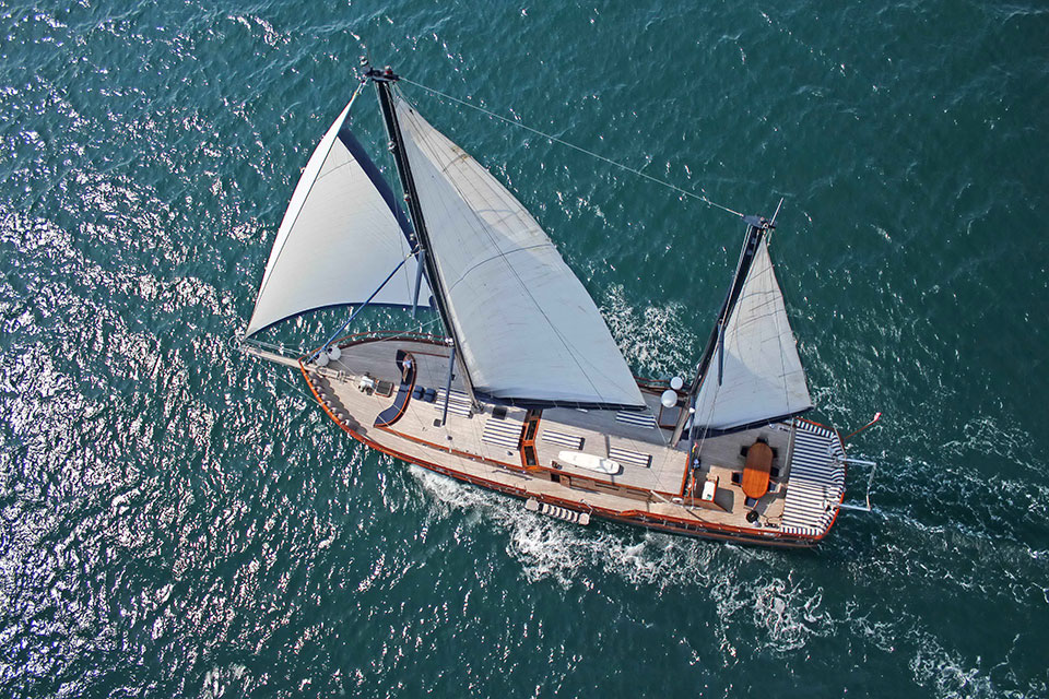 Which yacht to charter: classic gulet